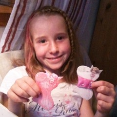Wings of Whimsy: Cherub Corset Ribbon Cards - My youngest showing the real size