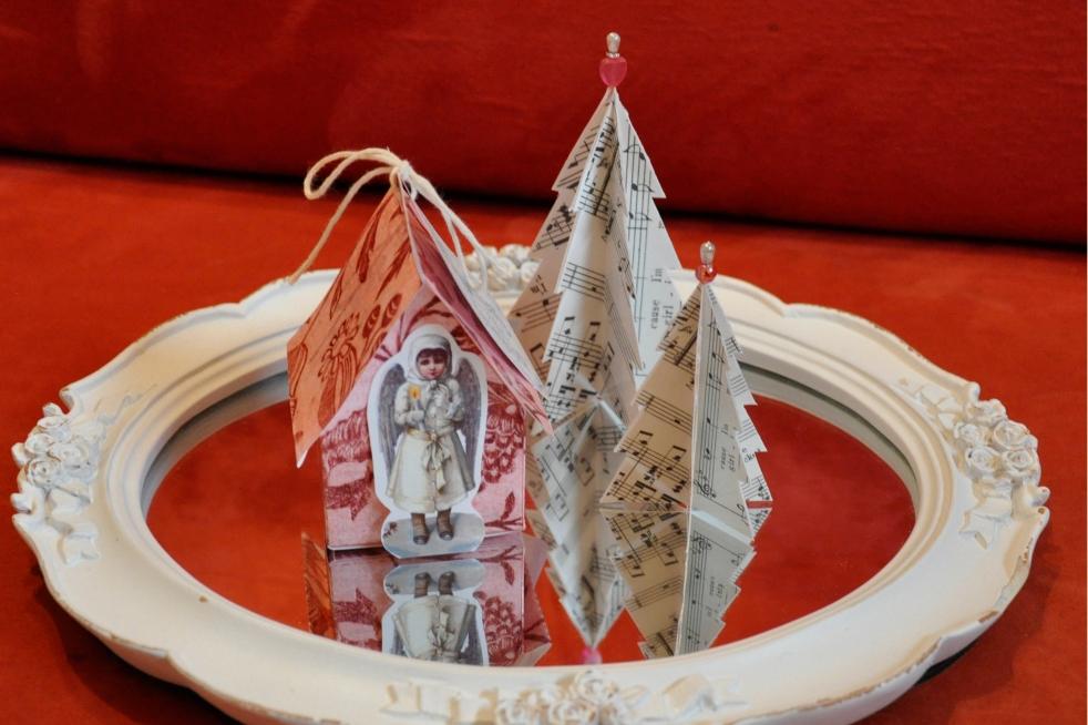 Wings of Whimsy: Vintage Christmas Village - DAY 3 - free printables #vintage #victorian #ephemera #cottage #cherub #tree