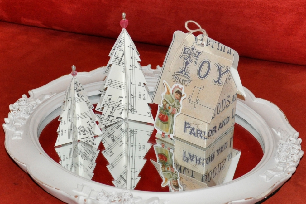 Wings of Whimsy: Vintage Christmas Village - DAY 9 - free printables #vintage #victorian #ephemera #cottage #cherub #tree