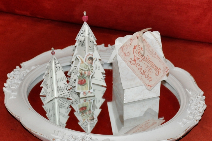 Wings of Whimsy: Vintage Christmas Village - DAY 4 - free printables #vintage #victorian #ephemera #cottage #cherub #tree