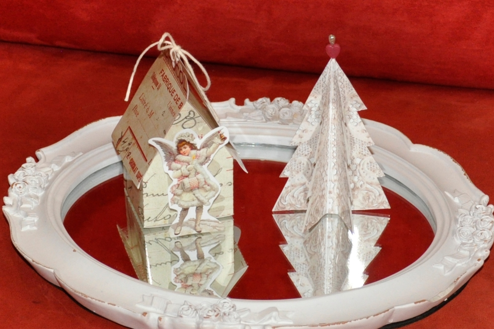 Wings of Whimsy: Vintage Christmas Village - DAY 10 - free printables #vintage #victorian #ephemera #cottage #cherub #tree