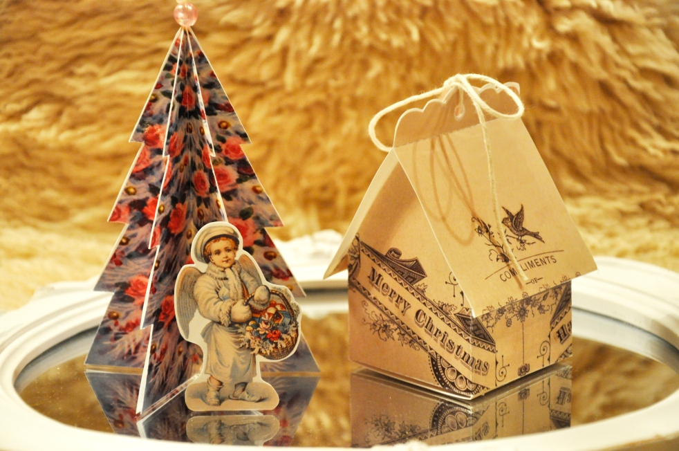 Wings of Whimsy: Vintage Christmas Village - DAY 24 -  free printables #vintage #victorian #ephemera #cottage #cherub #tree