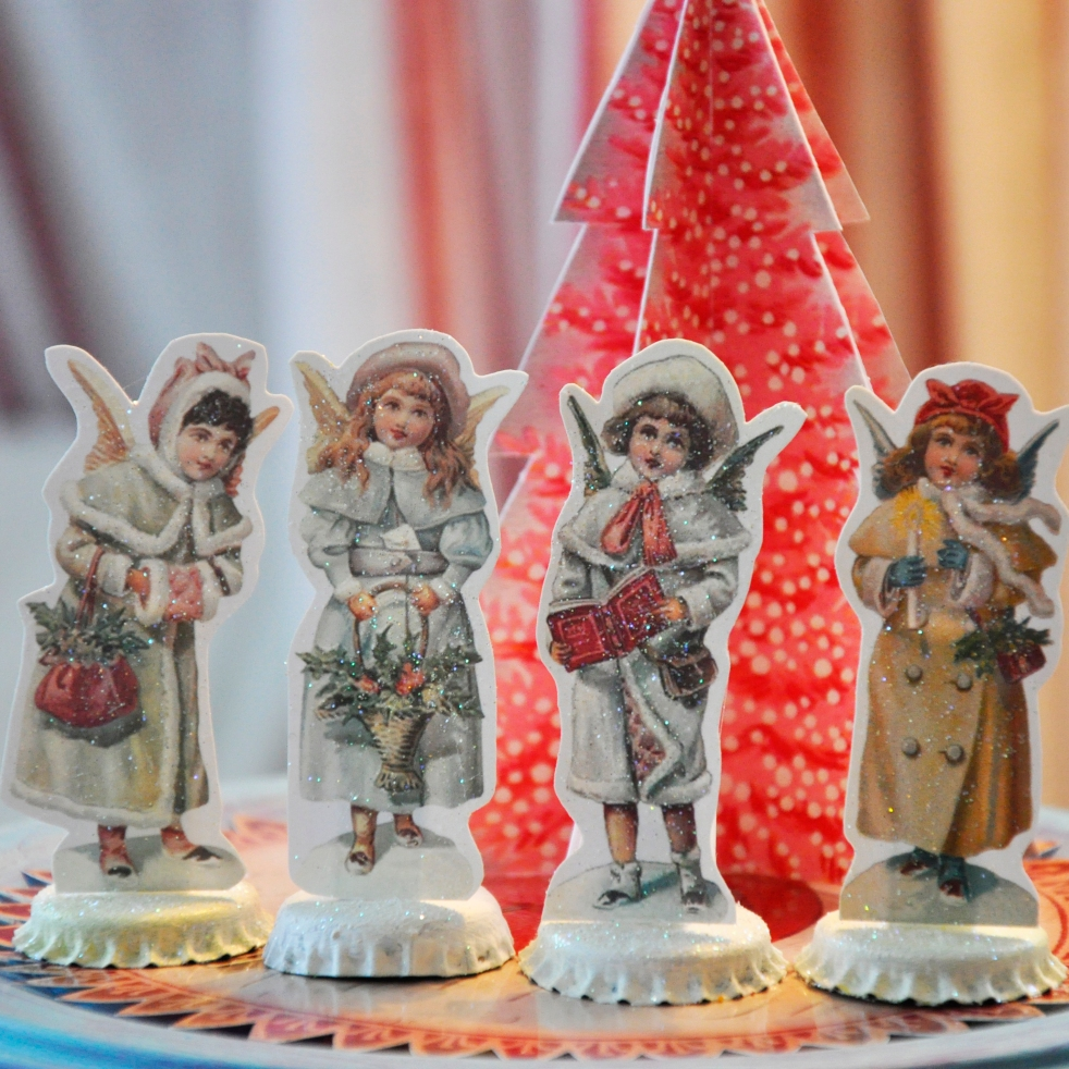 Wings of Whimsy: Vintage Christmas Village - free printables #vintage #victorian #ephemera #cottage #snow #cherub #tree