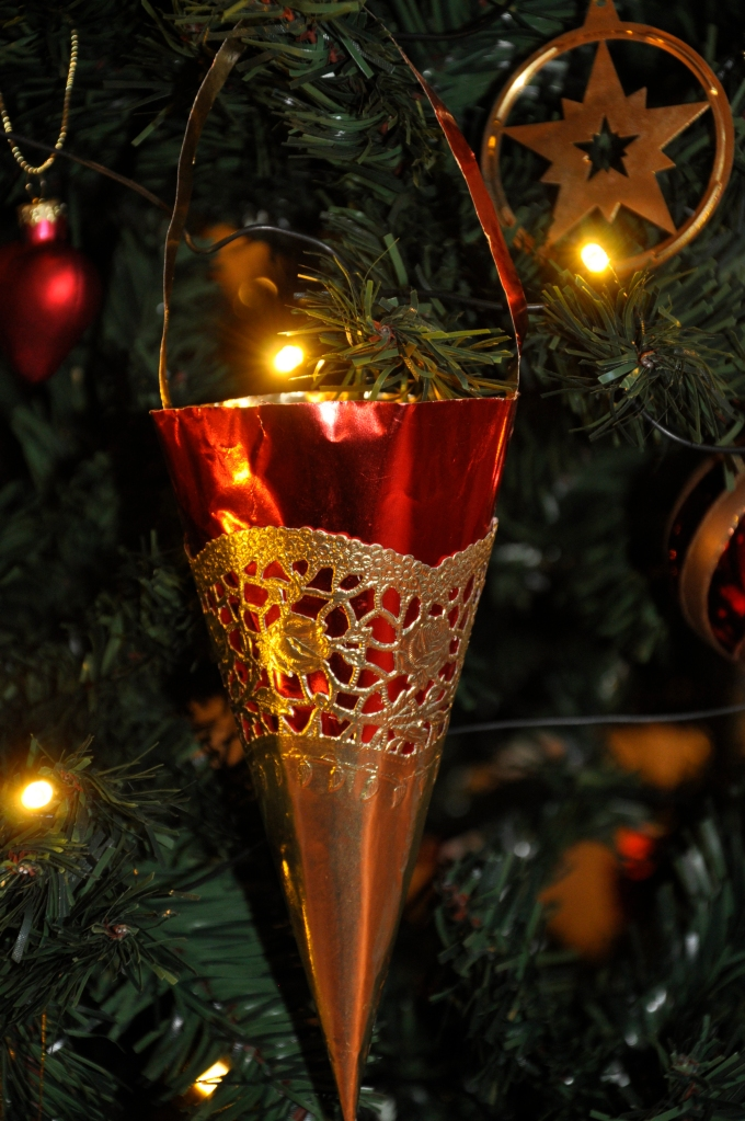 Wings of Whimsy: Ornaments of the past - Cone with metallic paper and gold doily