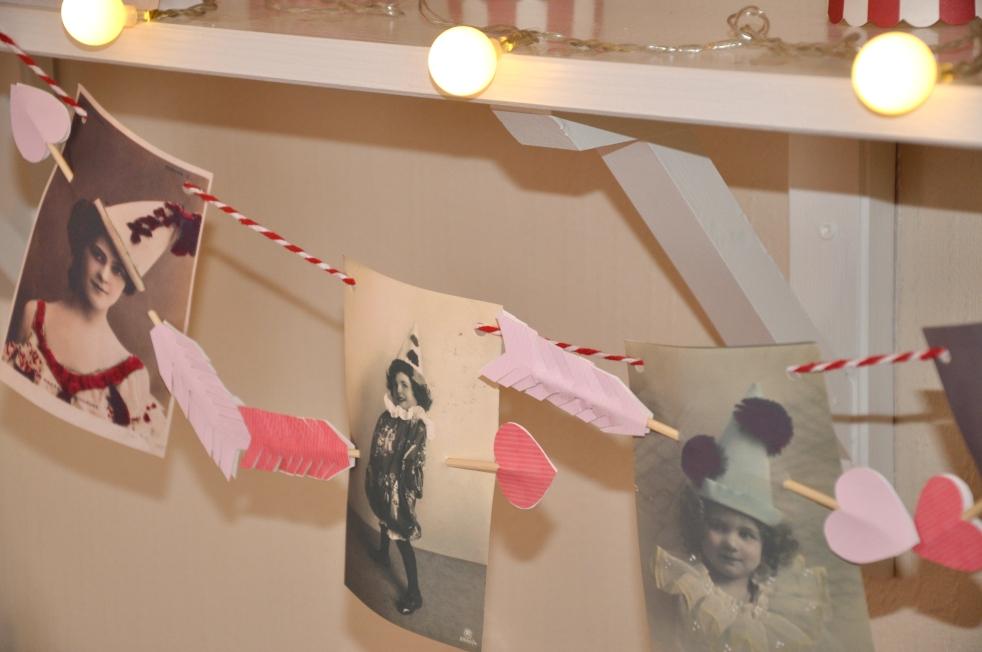 Wings of Whimsy: Love Garland - free printable #vintage #valentine #freebie