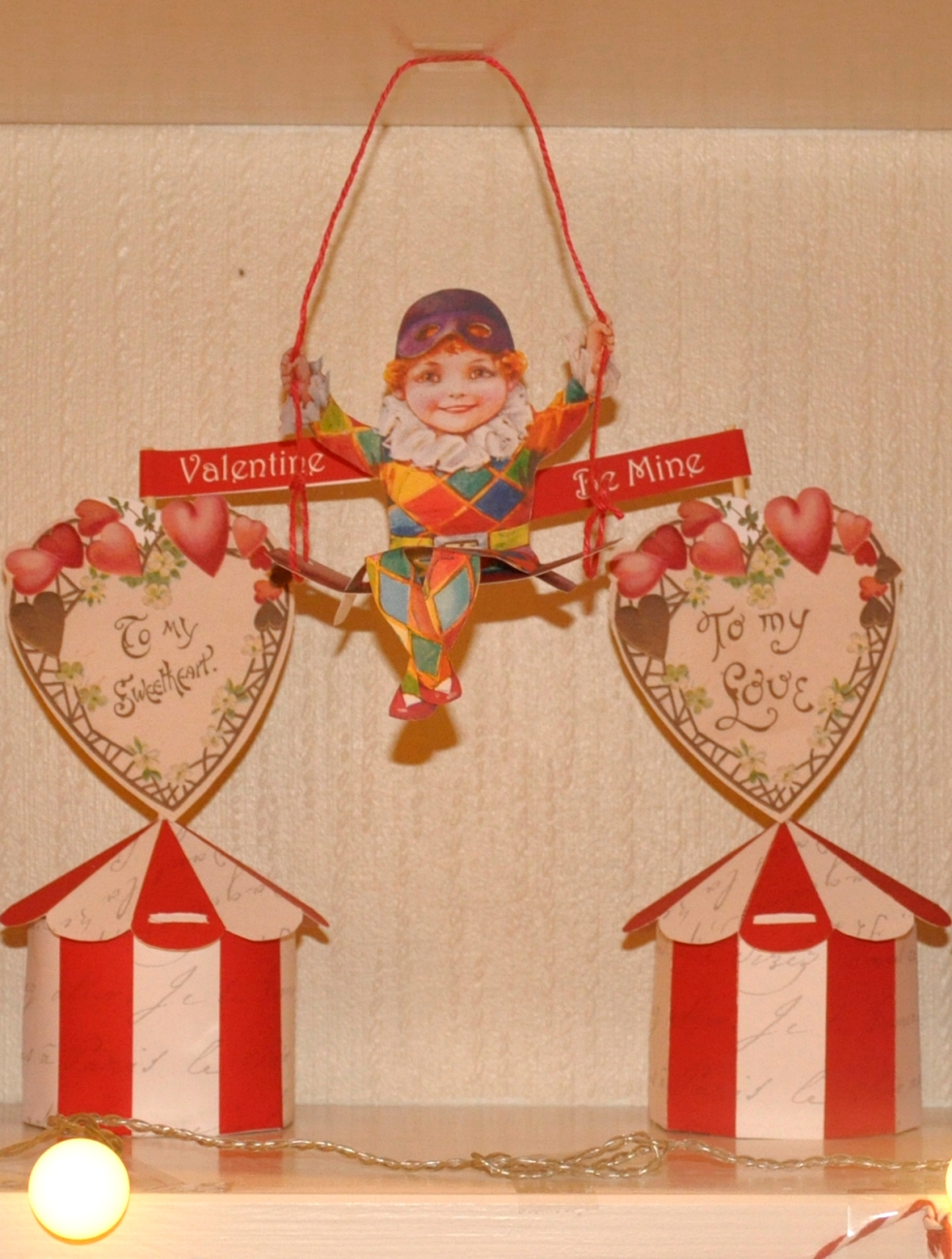 Wings of Whimsy: Swinging Harlequin - free printable #vintage #valentine #freebie