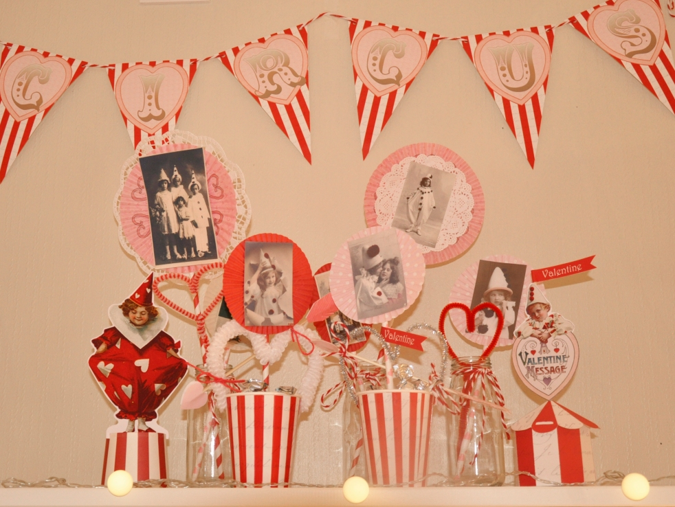 Wings of Whimsy: Love Circus Mix & Match - free printables #vintage #valentine #freebie