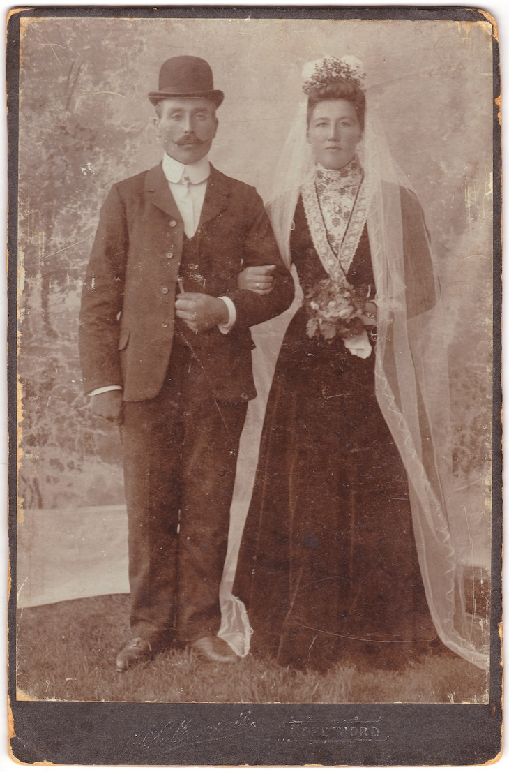 Wings of Whimsy: Nils & Brita Taraldset 1908 Hornindal Norway - free for personal use #vintage #photography #wedding #printable #freebie