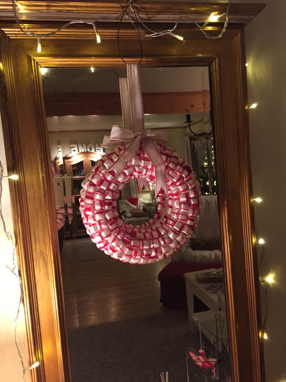 Wings of Whimsy: DIY Polkagris Peppermint Decor