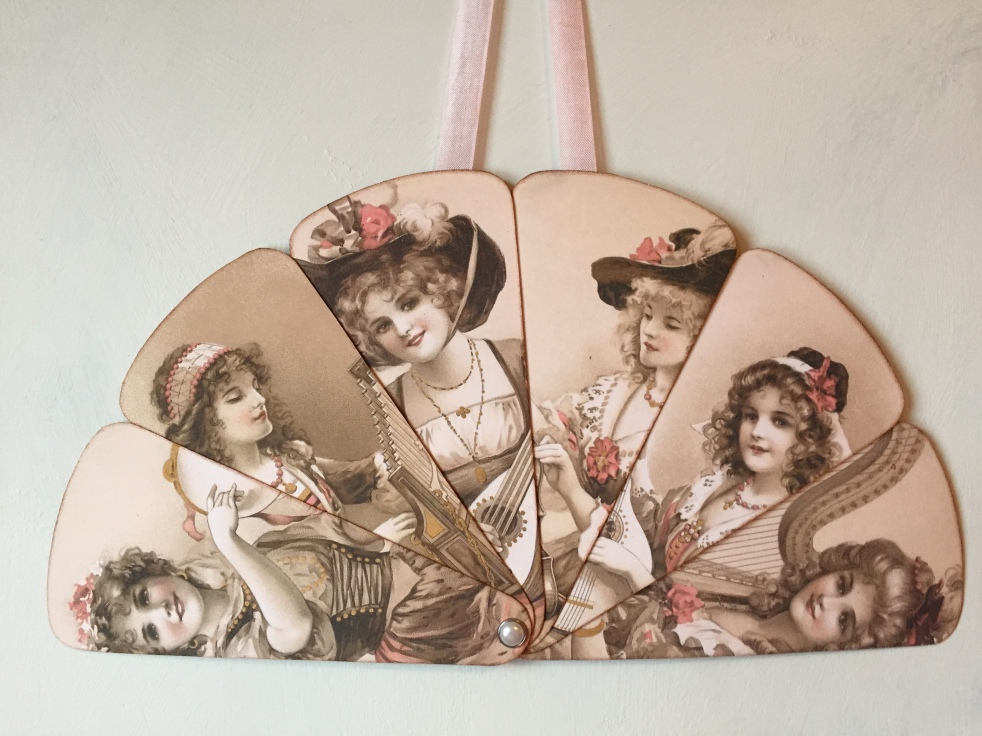 Wings of Whimsy: 1906 May Bowley Old Style Music Ladies Fan #vintage #ephemera #freebie #printable #fan
