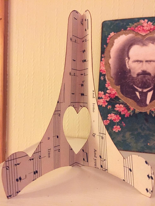 Wings of Whimsy: Romantic Paper Easel #vintage #ephemera #freebie #printable #music