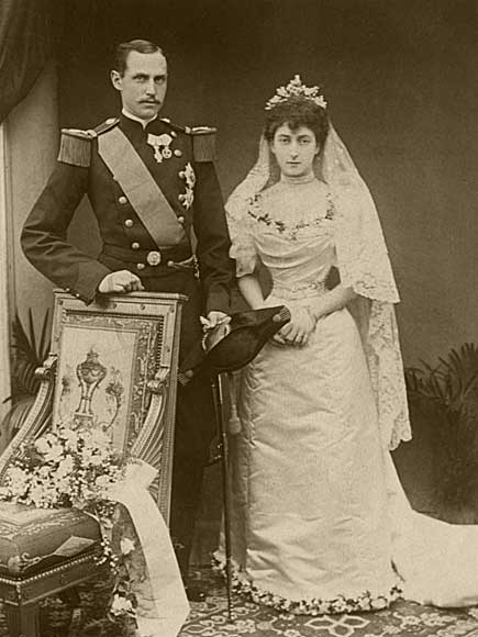WeddingPrinceCharlesAndPrincessMaudNov221896_WingsofWhimsy
