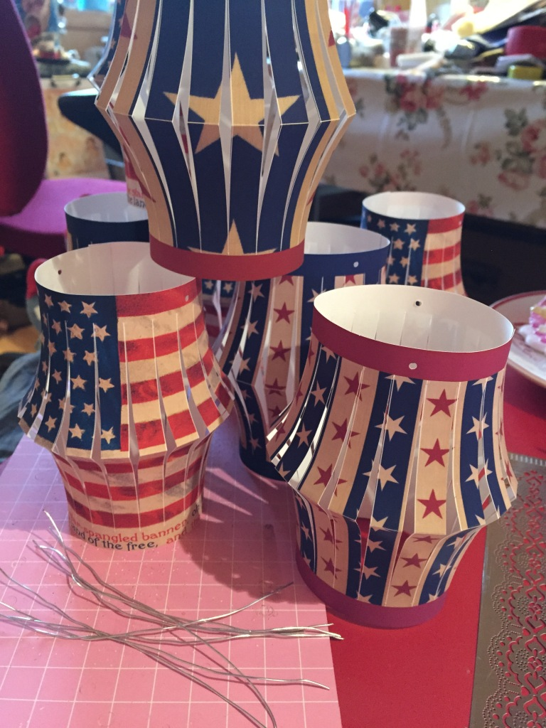Wings of Whimsy: Stars N Stripes Lanterns #vintage #printable #freebie #diy #american #4th #july #lantern