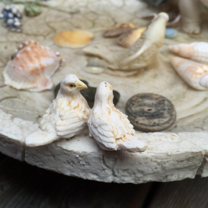 Wings of Whimsy: DIY Tart Tin Rain Chain & Suncatcher #vintage #tarttin #diy