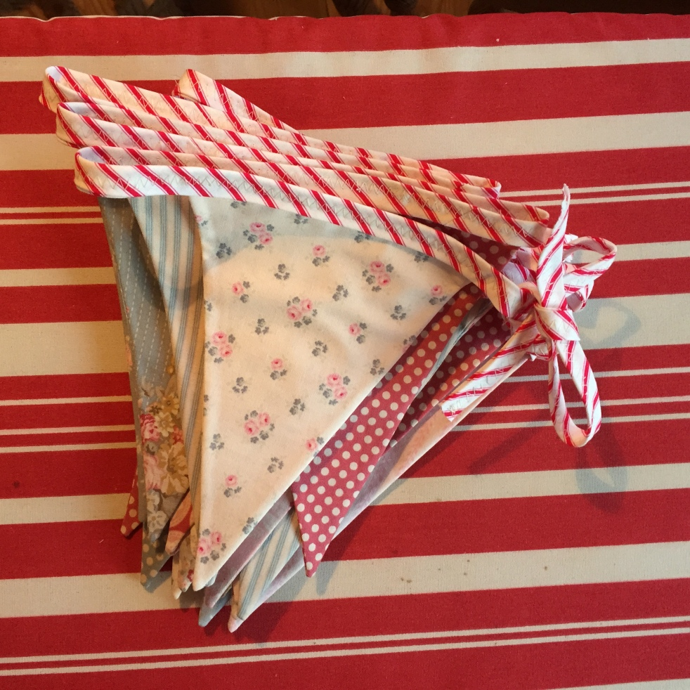 Wings of Whimsy: DIY Glamping Canopy #diy #sewing #flag #bunting #instructions #template