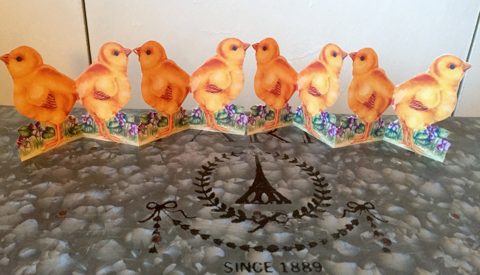 Wings of Whimsy: Easter Chicks Paper Chain #vintage #ephemera #freebie #printable #easter #chicks #paper #chain