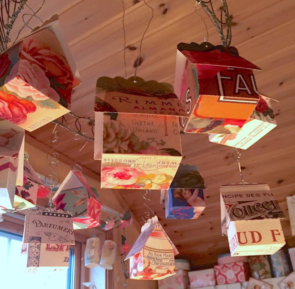 Wings of Whimsy: Perfume Cottage No 6: Poudre Bijou #vintage #freebie #printable #ephemera #perfume #label #cherub