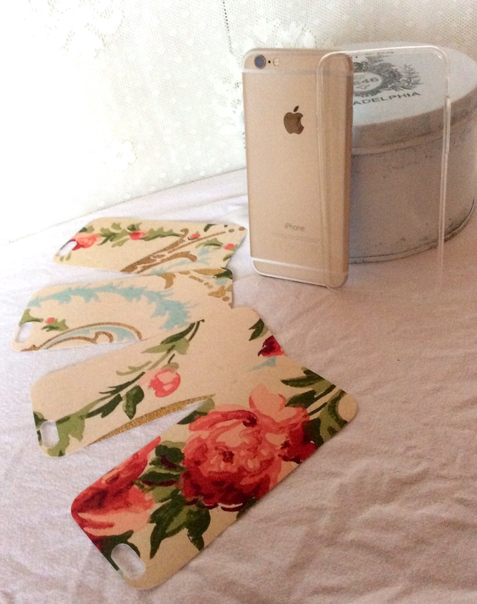 Wings of Whimsy: iPhone 6 Covers #vintage #epehemera #freebie #printable #wallpaper #iphone #cover