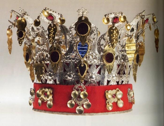 Wings of Whimsy: Traditional Norwegian Bridal Crown from Nordfjord - Oskruna